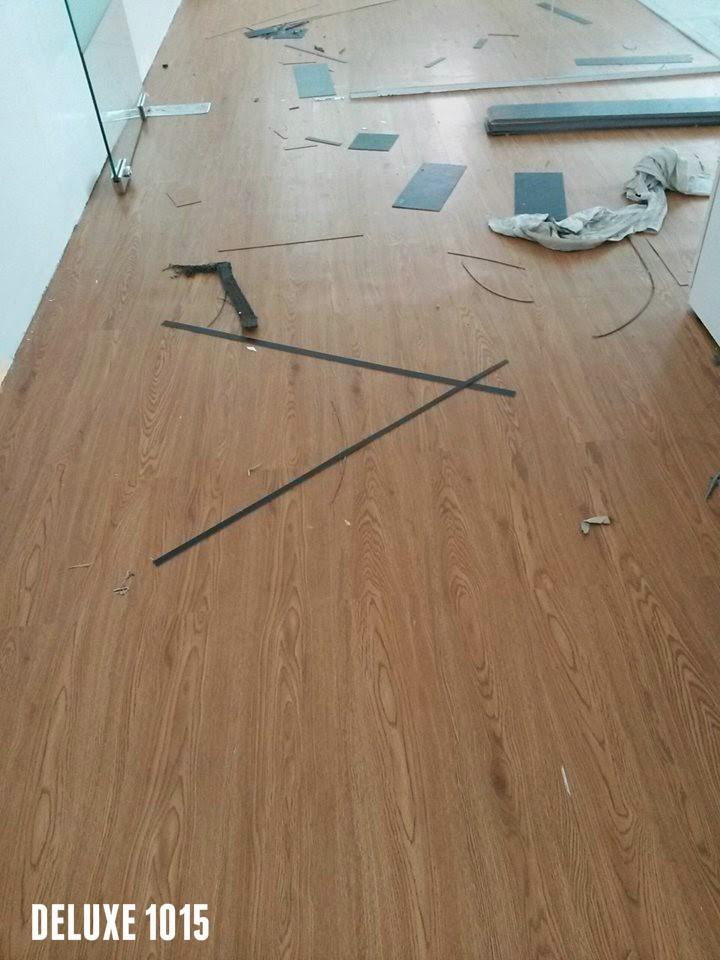sàn nhựa giả vân gỗ Deluxe 1015